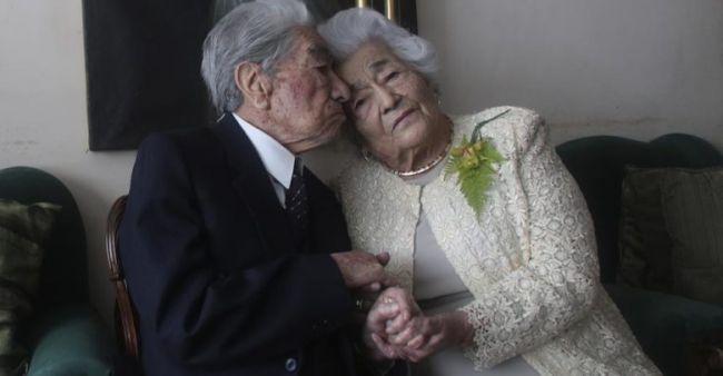 Un matrimonio ecuatoriano suma 215 años y lleva casado 79 años